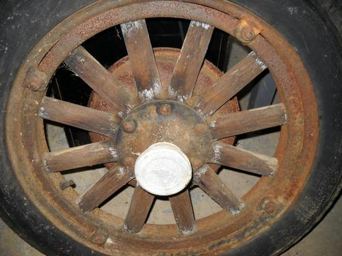 1929 Chevrolet Wood Spoked Wheel Amp Tire Curiosity