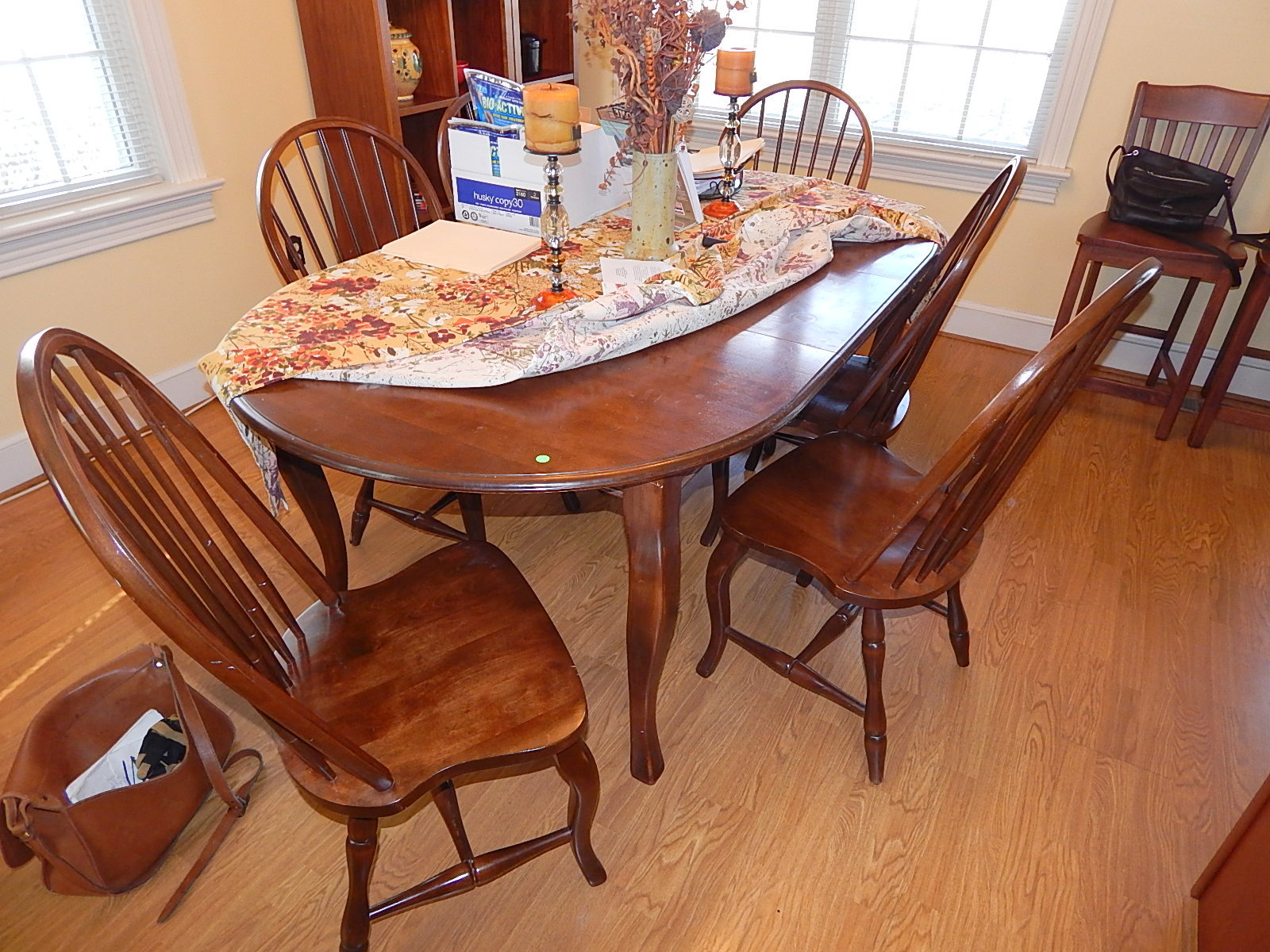 Morris Early American Walnut Dining Room Table w 6 Chairs ...