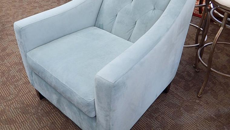 CLEAN Max home powder puff blue microsuede arm accent chair