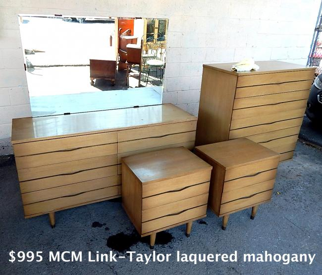 Mid Century Modern Link Taylor lacquered mahogany Dresser Bedroom Set