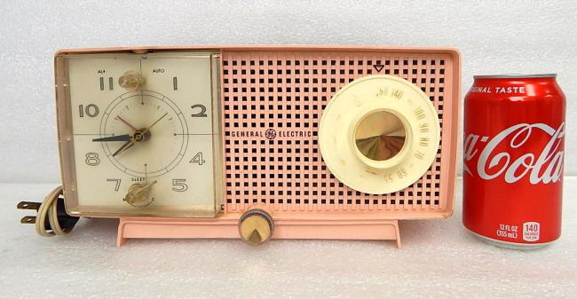 Vintage General Electric C437B PINK Clock Alarm AM Tube Radio