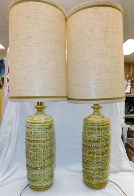 Large Pair Mid Century Modern 1960s Table Lamps Green Taupe Drip Glaze