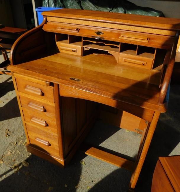 Antique Lebus Traditional Small Oak Rolltop Desk