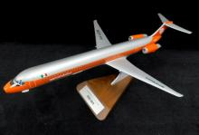 Pacific PM McDonnell Douglas MD-80 jet airliner 1/100 model plane