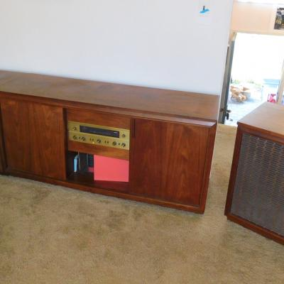 Mid Century Modern Barzilay Walnut Stereo Cabinet Console Credenza